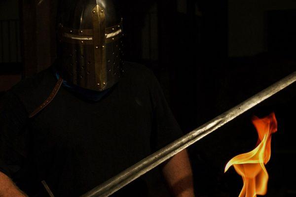 Fackelwanderung auf den Spuren der Ritter